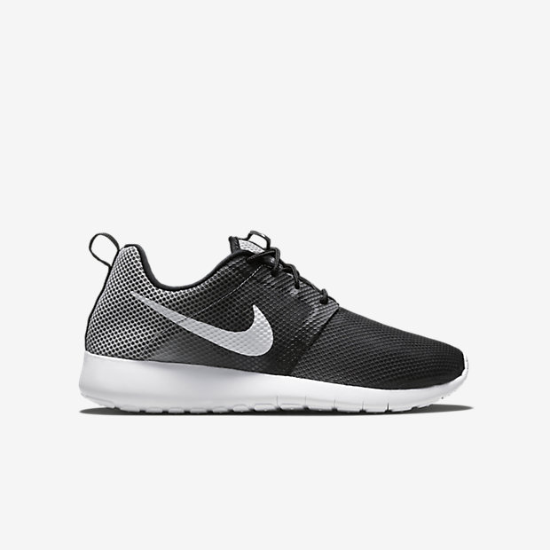 NIKE-ROSHERUN-FLIGHT-WEIGHT-GS-705485_001_A_PREM