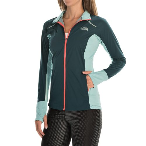the-north-face-isolite-jacket-for-women-in-tnf-black-tnf-black-heather-p-118vp_02-1500.3